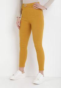 Born2be - Żółte Spodnie Laridoe. Kolor: żółty