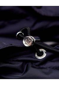 MONCLER - Granatowa kurtka puchowa Dary. Okazja: na spacer. Kolor: niebieski. Materiał: puch. Długość: długie
