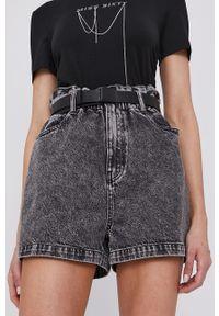 Miss Sixty - Szorty. Okazja: na co dzień. Stan: podwyższony. Kolor: szary. Materiał: jeans, denim, bawełna. Wzór: gładki. Styl: klasyczny, casual #1