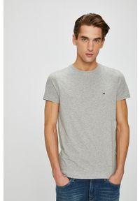 TOMMY HILFIGER - Tommy Hilfiger - T-shirt. Okazja: na co dzień. Kolor: szary. Materiał: dzianina. Styl: casual