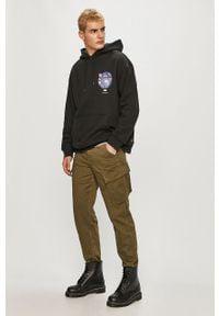 Czarna bluza nierozpinana Levi's® z kapturem, z nadrukiem, biznesowa, na spotkanie biznesowe