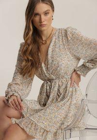 Renee - Biała Sukienka Messanea. Kolor: biały