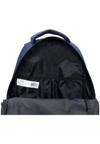 Niebieski plecak outhorn