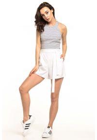 Białe spodnie Tessita krótkie