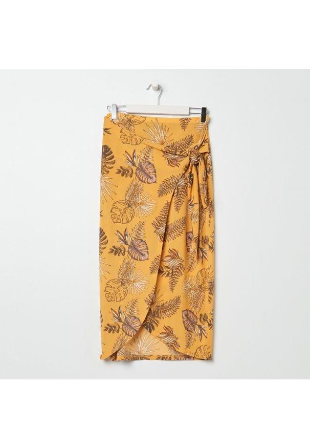 Sinsay - Spódnica midi z wiązaniem - Żółty. Kolor: żółty
