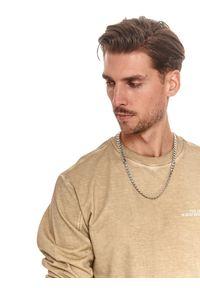 TOP SECRET - Bluza męska z efektem sprania. Kolor: beżowy. Materiał: bawełna, tkanina. Długość rękawa: długi rękaw. Długość: długie. Sezon: lato. Styl: wakacyjny