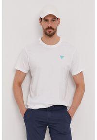 Guess - T-shirt. Okazja: na co dzień. Kolor: biały. Materiał: bawełna, dzianina. Wzór: gładki. Styl: casual
