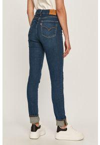 Niebieskie jeansy Levi's® na spotkanie biznesowe, z podwyższonym stanem