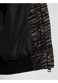 Czarna kurtka puchowa Calvin Klein Jeans z motywem zwierzęcym