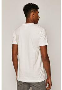 Biały t-shirt medicine casualowy, z okrągłym kołnierzem, na co dzień, z nadrukiem