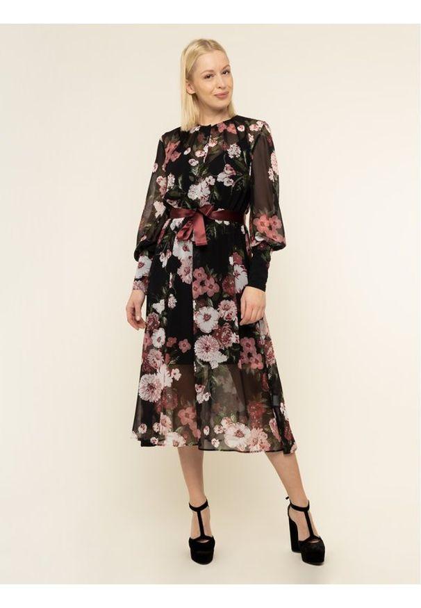 iBlues Sukienka codzienna 72263696200 Kolorowy Regular Fit. Okazja: na co dzień. Wzór: kolorowy. Typ sukienki: proste. Styl: casual
