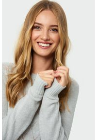 Sweter Greenpoint w ażurowe wzory