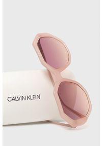 Calvin Klein - Okulary przeciwsłoneczne CK19502S.664. Kształt: okrągłe. Kolor: różowy