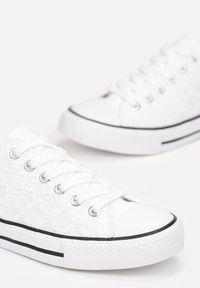 Renee - Białe Koronkowe Trampki Messyphise. Kolor: biały. Materiał: materiał