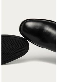 Czarne botki GANT bez obcasa, z okrągłym noskiem, z cholewką
