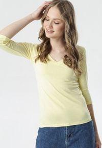Born2be - Żółta Bluzka Dorealee. Kolor: żółty