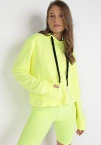 Born2be - Żółta Bluza Wraxirad. Kolor: żółty