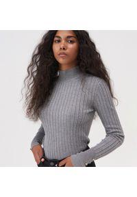 Szary sweter Sinsay z golfem