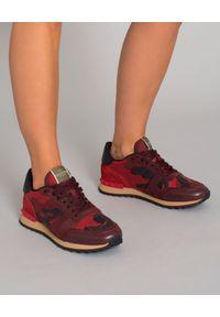 Czerwone sneakersy VALENTINO z aplikacjami