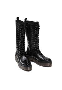 Guess - Kozaki GUESS - Toki FL7TOK LEP11 BLACK. Kolor: czarny. Materiał: skóra ekologiczna, materiał. Szerokość cholewki: normalna. Sezon: zima, jesień