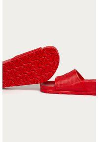 Czerwone klapki Birkenstock bez obcasa, gładkie