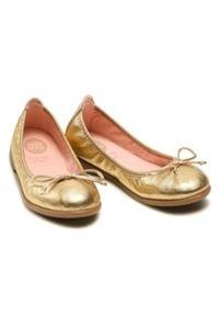 Gioseppo - Baleriny GIOSEPPO - Penza 48897 Gold. Okazja: na co dzień. Kolor: złoty. Materiał: skóra. Szerokość cholewki: normalna. Wzór: aplikacja. Styl: casual