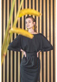 VEVA - Sukienka kimono Cherry Blossom czarna. Kolor: czarny. Materiał: jeans, skóra. Długość rękawa: długi rękaw. Typ sukienki: proste. Styl: elegancki