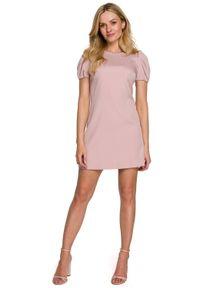 Makover - Elegancka sukienka mini krótkie bufiaste rękawy pudrowa. Okazja: na wesele, na ślub cywilny, na imprezę. Styl: elegancki. Długość: mini