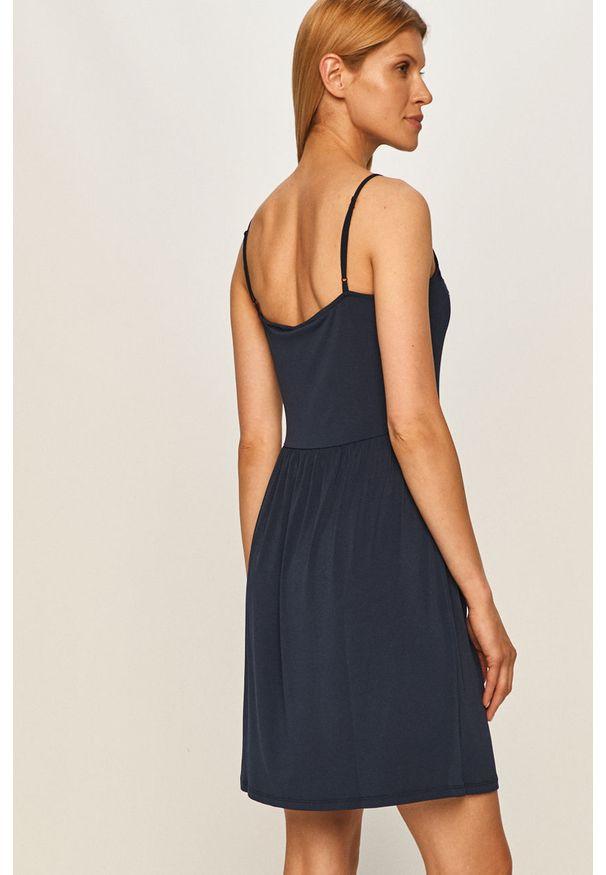 Niebieska sukienka Vero Moda rozkloszowana, mini