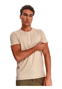 TOP SECRET - T-shirt krótki rękaw męski gładki. Kolor: beżowy. Długość rękawa: krótki rękaw. Długość: krótkie. Wzór: gładki