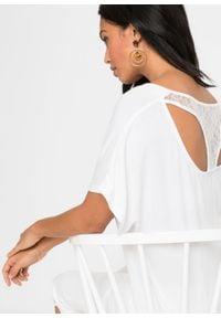 """Shirt """"nietoperz"""" z koronką bonprix biały. Kolor: biały. Materiał: koronka. Wzór: koronka"""