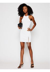 Biała sukienka Guess na lato