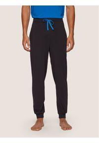Czarne spodnie dresowe BOSS