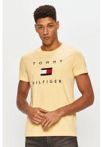 Żółty t-shirt TOMMY HILFIGER z aplikacjami, casualowy, na co dzień