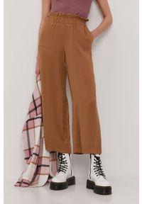 Brązowe spodnie materiałowe only gładkie