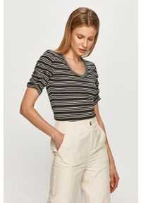 Silvian Heach - T-shirt. Okazja: na co dzień. Kolor: biały. Materiał: dzianina. Styl: casual