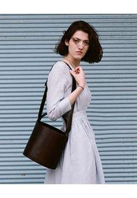 BALAGAN - Czarna torebka kubełek CHAMPAGNE. Kolor: czarny. Styl: wizytowy, casual