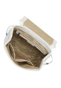 Wittchen - Damski plecak skórzany z łańcuchem. Kolor: biały. Materiał: skóra. Wzór: haft. Styl: elegancki