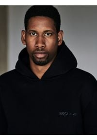 4f - Bluza męska Wilfredo Leon x 4F. Kolor: czarny. Materiał: dzianina