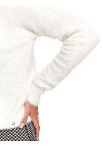 Biały sweter TOP SECRET z długim rękawem, długi