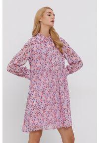 Y.A.S - Sukienka. Kolor: różowy. Materiał: poliester. Typ sukienki: rozkloszowane