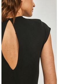Czarna sukienka Silvian Heach na co dzień, gładkie, casualowa, bez rękawów