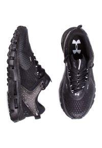 Czarne buty do biegania Under Armour z cholewką, na płaskiej podeszwie