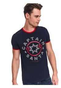 Niebieski t-shirt TOP SECRET na jesień, z nadrukiem