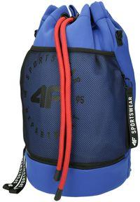 Niebieski plecak 4f elegancki