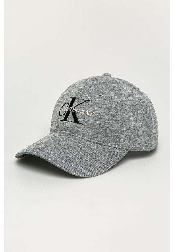 Szara czapka z daszkiem Calvin Klein Jeans