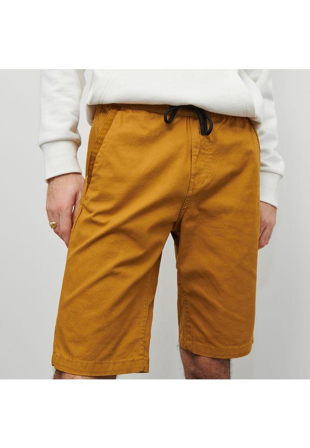 Reserved - Szorty z elastycznym pasem - Żółty. Kolor: żółty