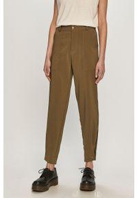 Zielone spodnie materiałowe Jacqueline de Yong na co dzień, gładkie, casualowe, z podwyższonym stanem