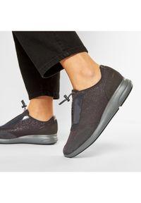 Geox Sneakersy D Ophira A D021CA 0EW22 C9004 Szary. Kolor: szary
