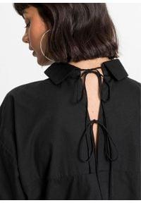 Długa bluzka z ozdobnym sznurowaniem z tyłu bonprix czarny. Typ kołnierza: kołnierzyk koszulowy. Kolor: czarny. Długość: długie #5
